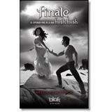 Nuevo Editorial:Blok 4 - Hush Hush - Finale 4 - Hush Hush -