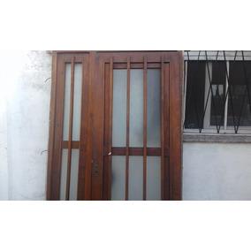 Puerta Exterior De Madera Con Ventana Lateral