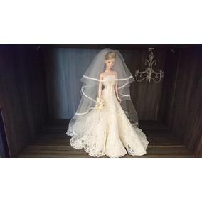 Barbie Carolina Herrera Gold Label Noiva