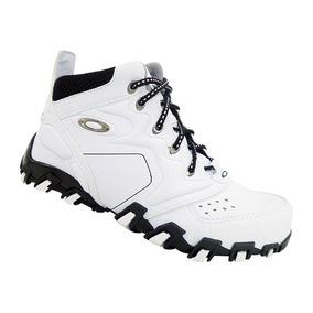 d50e01ce4936b Tenis Oakley Feminino Cano Alto - Oakley para Masculino Branco no ...
