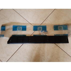 Soleira Guarniçãoporta Traseira L/e D20/veraneio Origina