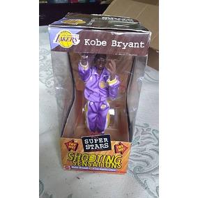 1999 Mattel Hoops Shooting Sensations Kobe Bryant 10 Inches