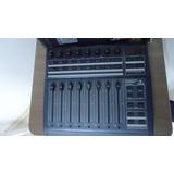 Mesa Controladora De Áudio B-control Fader Bcf2000 Midi Usb