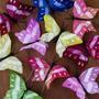 Mariposas De Pluma Pintada Mediana X12 U. Decoración Fiestas