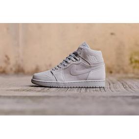 Nike Air Jordan Retro 1 High Og Sneak Hip Hop Sb Gim Baske