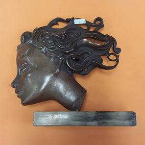 Escultura Rostro De Mujer. Bronce. Firmado.