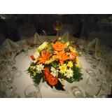 Centro De Mesa O Arreglo Floral De Liliun Y Margaritas