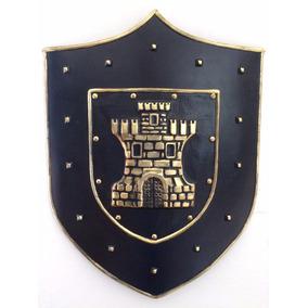 Escudo Medieval New Castre, Decoração, Bar