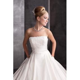 Vestido De Novia, Corte Princesa, Color Perla. Prime & White