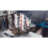 Barcos De Madera A Escala