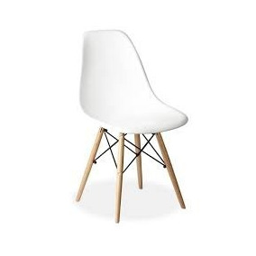 silla blanca grande patas de madera natural moderna