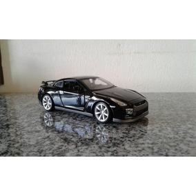 Miniatura Nissan Gt-r