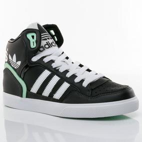 Zapatillas Adidas Botitas Negras Con - Ropa y Accesorios en Mercado . 31479dce6c030