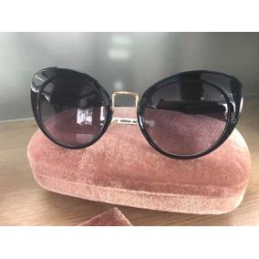Oculos Feminino - Óculos De Sol Miu Sem lente polarizada no Mercado ... d62671444c