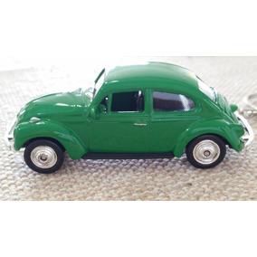 Chaveiro Mini Fusca Volkswagen Verde Antigo Carrinho 1/64