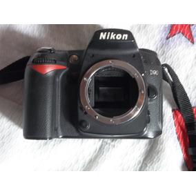 Câmera Nikon D90 Com Flash Nikon Speed Light Sb-7000