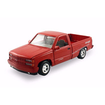 Motor Max 1:24 Chevrolet 454 Ss Pickup 1992 American Clasics