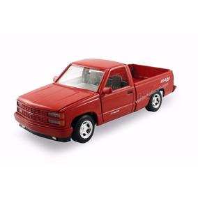 1:24 Chevrolet 454 Ss Pickup 1992 American Clasics Motor Max