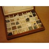 Estuche Antiguo De Madera Conteniendo 35 Minerales