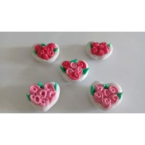 30 Lembrancinhas Coração De Flores Imã Em Biscuit