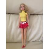 Muñecas Barbie , Con Sus Vestidos Y Zapatos, Oferta.