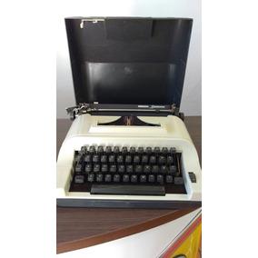 Máquina De Escrever Remington Ipanema - Linda ! Promoção !
