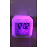Reloj Despertador Cubo 7 Colores. Uno Alumbra Atras De Otro!