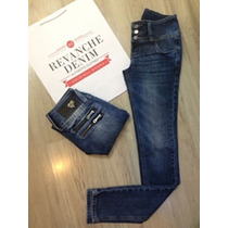 Calça Skinny Jeans Com 4 Zíper Atrás Revanche