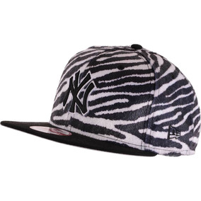Boné New Era Ny Yankees Zebra Preto