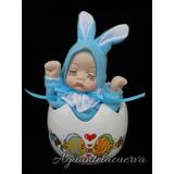 Muñeca De Porcelana Musical A Cuerda En Huevito Se Despereza