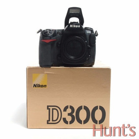Cámara Nikon D300 12.3 Mp + Extras