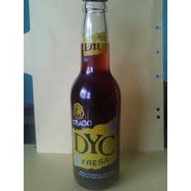 Antigua Botella De Trago Dyc - Llena