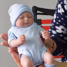 Bebe Recém Nascido Menina Reborn