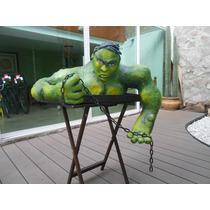 Hulk En Escultura De Papel Maché, Medio Cuerpo
