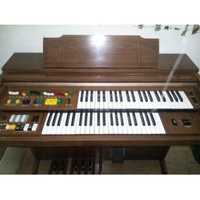 Órgano Yamaha Bf14