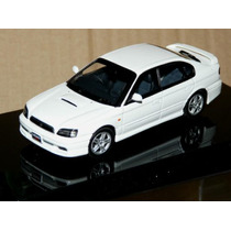Subaru Legacy B4 Blanco - Autoart 1/43