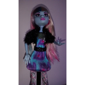 Boneca Monster High Abbey Bominable Foto Do Terror