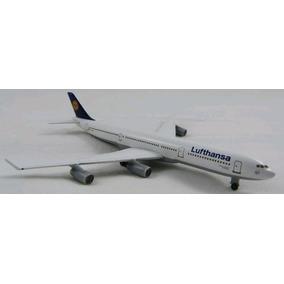 Maquete/miniatura Avião Airbus A340 Lufthansa
