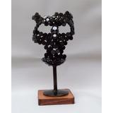 Máscara / Escultura De Metal Con Base De Madera