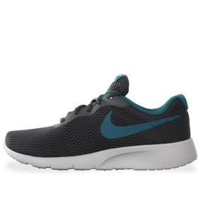 Tenis Nike Tanjun - 818381008 - Gris - Mujer