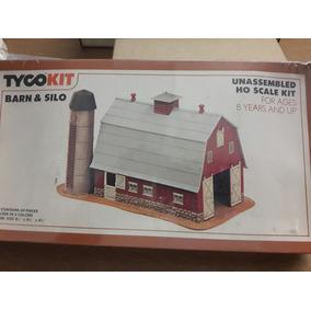 Granero/granja Con Silo Marca Tyco Escala Ho