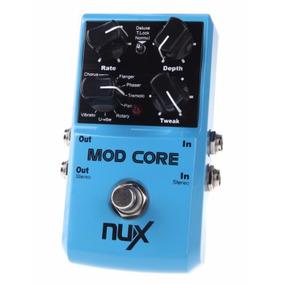 Pedal Nux Mod Core 8 Efeitos De Modulação E Função Tone Lock