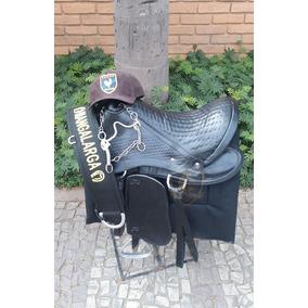 Bone Wesley Safadao De Couro - Cavalos no Mercado Livre Brasil f2e42b9c240