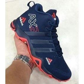 Adidas En Bota - Tenis Adidas para Hombre Azul marino en Mercado ... 6a5df0c07fd88