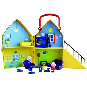 Casa De Peppa Con Una Figura