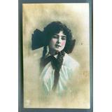 Hermosa Antigua Tarjeta Postal Mujer Joven