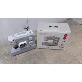 Maquina De Costura Singer 4411 Facilita-pro