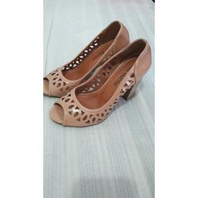 Sapato Feminino Cor Nude Tamanho 35.
