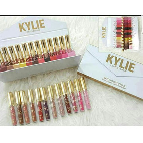 Kylie Set De 12 Labiales Tamaño Normal