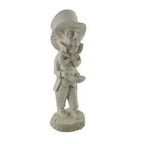 museo blanco alicia en el mad hatter jardn patio estatua